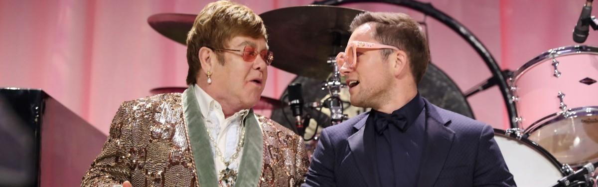 Элтон Джон и Тэрон Эджертон вместе исполнили «Tiny Dancer»