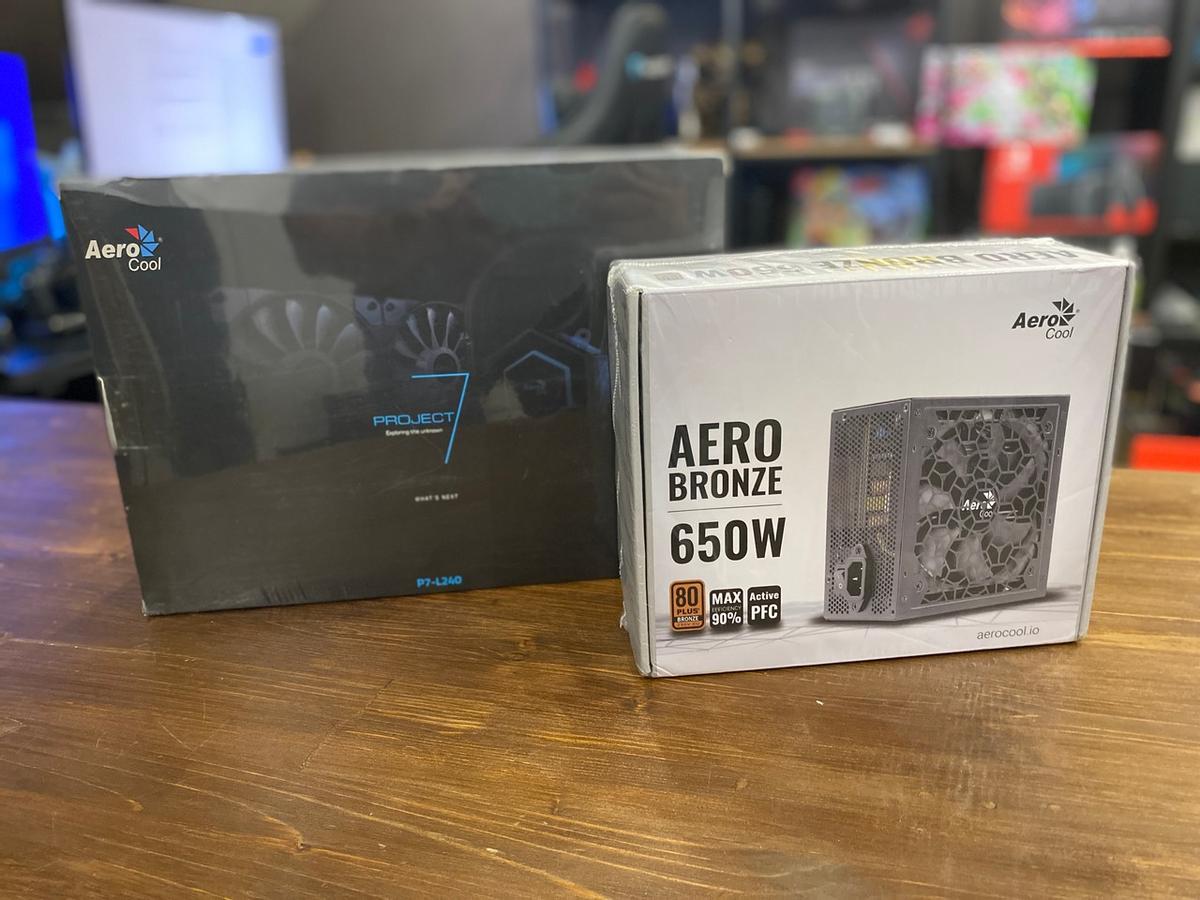 [Обзор] Система жидкостного охлаждения Aerocool P7-L240 и блок питания AeroCool Aero Bronze 650W