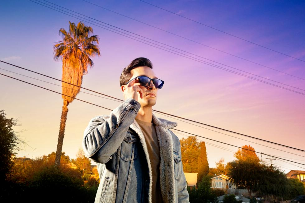 Смарт-очки со встроенными динамиками от Razer. Интересный проект