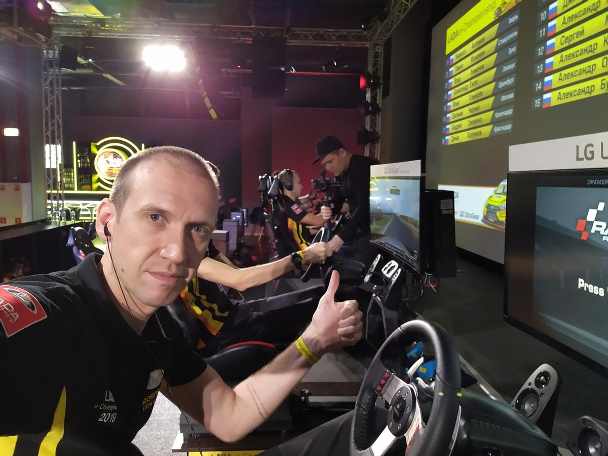 [Киберспорт] LADA Sport ROSNEFT eChampionship - Интервью с Сергеем Мукимовым
