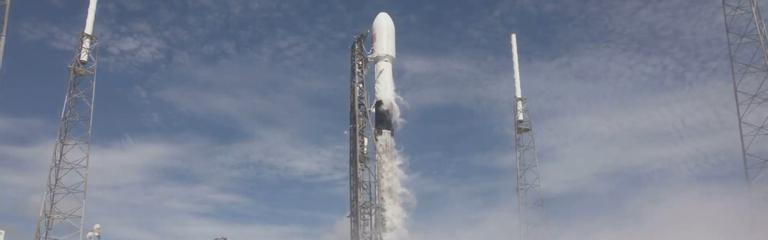 Первая ступень ракеты Илона Маска Falcon 9 в 6 раз отправила груз на орбиту