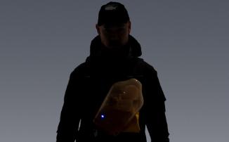 В продажу поступила куртка Сэма Бриджеса из Death Stranding за ₽140 000. Партия уже распродана
