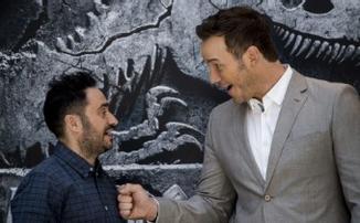 Два эпизода «Властелина колец» от Amazon доверили режиссеру «Мира Юрского периода 2»
