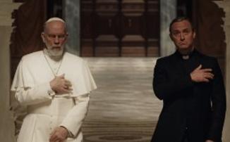 Борьба за папский престол в трейлере «Нового Папы»