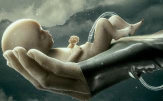 Дебютный трейлер «Воспитанных волками» - шоу Ридли Скотта об андроидах для HBO Max