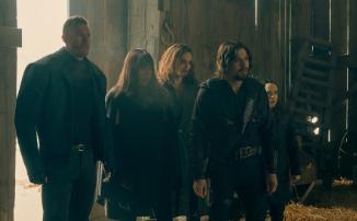 Начало апокалипсиса в открывающей сцене второго сезона «Академии Амбрелла» от Netflix