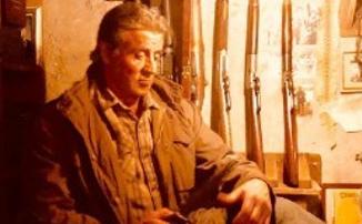 Засада на картель в красном рекламном ролике «Рэмбо: Последняя кровь»