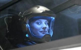 Трейлер научно-фантастического сериала «Другая жизнь» от Netflix