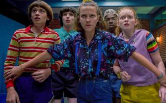 Netflix прервал работу над сериалами, включая «Очень странные дела», и даже Arrowverse поставили на паузу