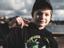 После бана на Twitch 12-летнему игроку в Fortnite приходится стримить с мамой на YouTube