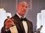Дуэйн Джонсон и сценарист «Форсажа: Хоббс и Шоу» поработают с Amazon над фильмом «Красный»