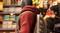 Погладить котика? В Marvel's Spider-Man: Miles Morales котик сам кого хочет погладит, причем против шерсти